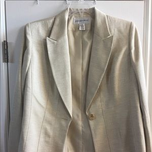 NWT Jones New York pant suit.